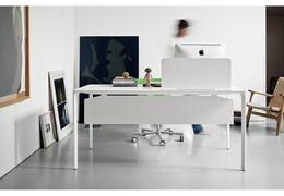 Kancelářský stůl NUUR