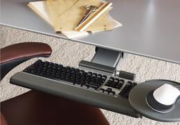 Držák na klávesnici a myš